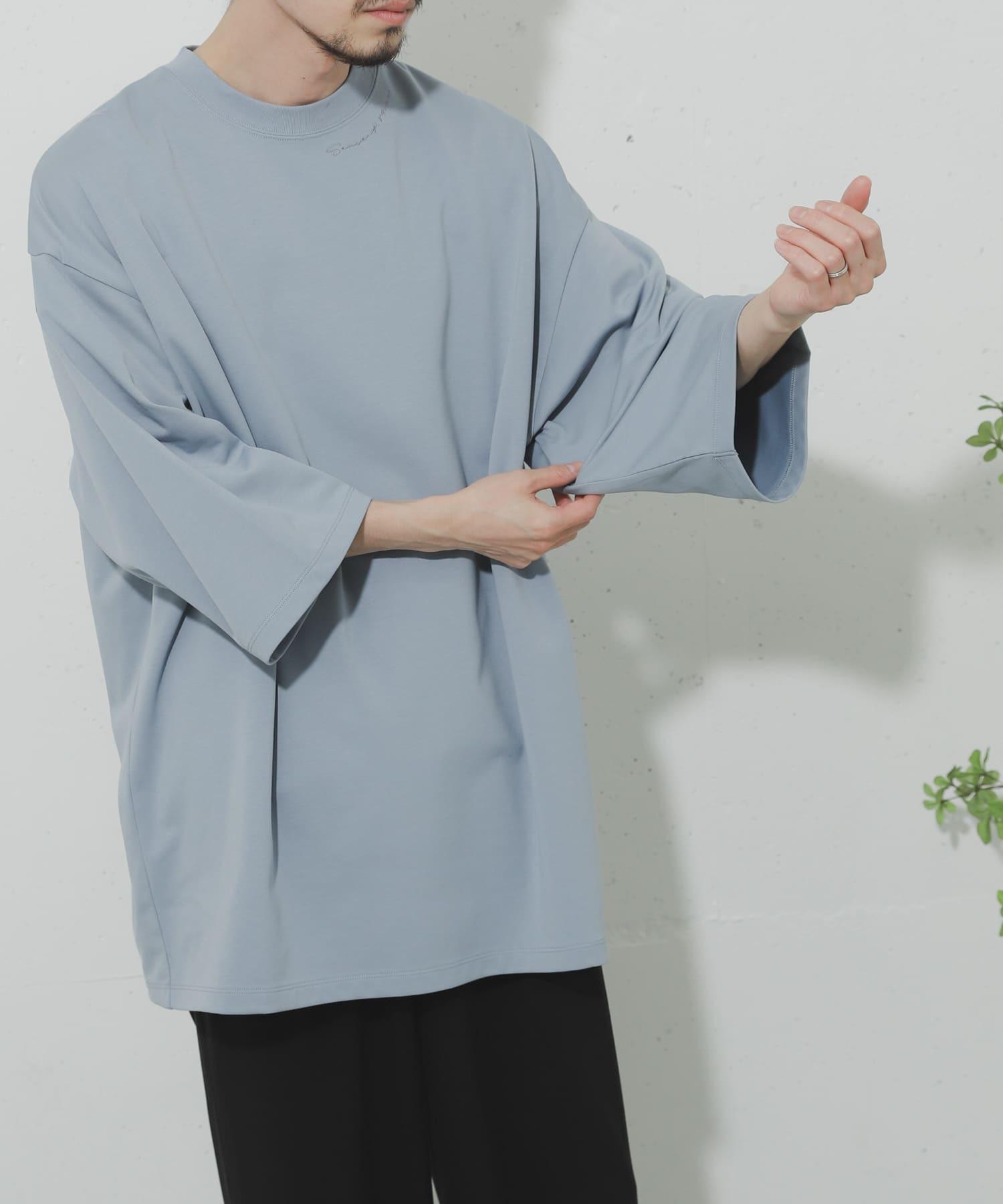 URTECH領口刺繡寬鬆上衣