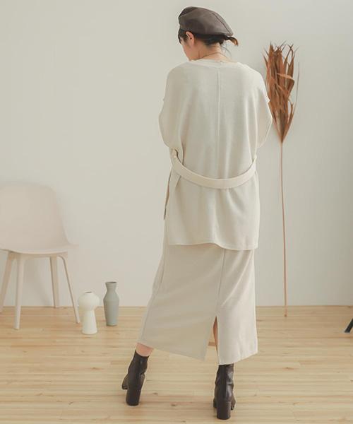 V領上衣&裙子套裝