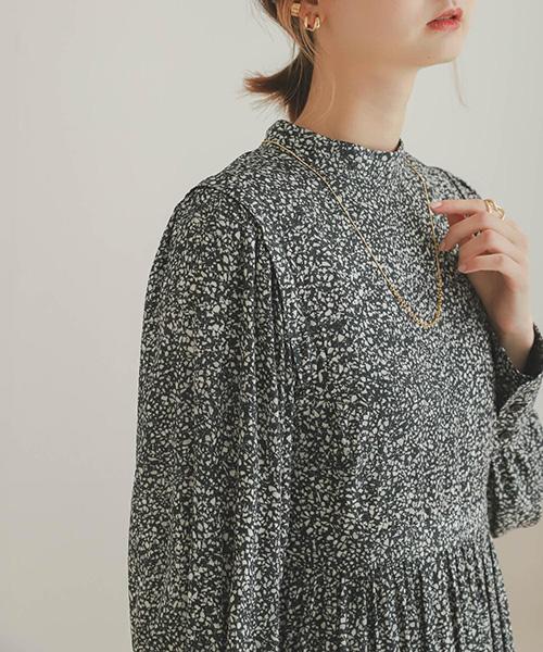 石頭紋印刷高腰蓬袖洋裝